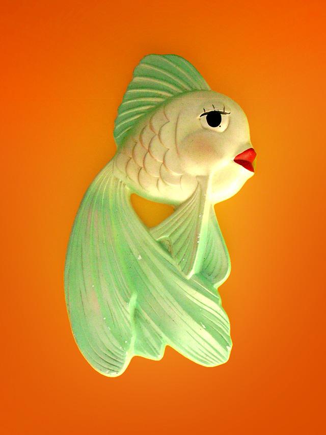 wallfish03